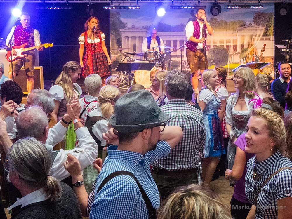 Oktoberfest-Band-b1000-cr-4zu3.jpg